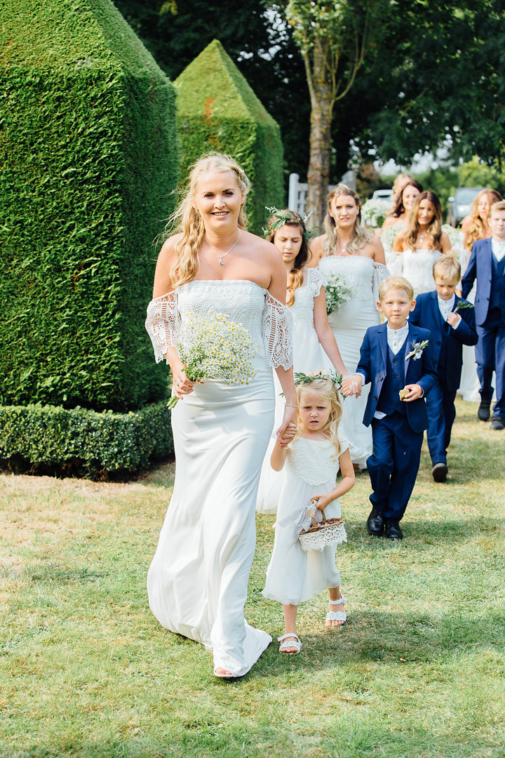 Bridesmaids and pageboys of all ages!